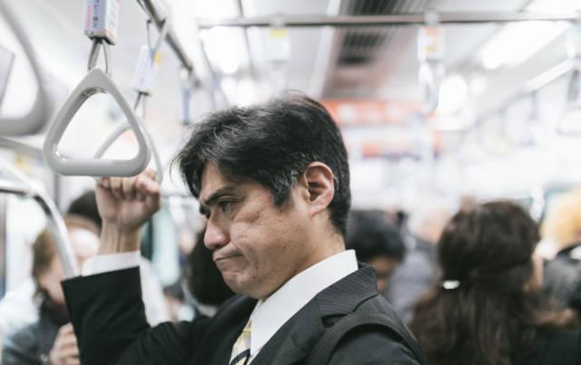 YOTAKAPAKU6749_TP_V 40代で転職したが新しい職場に馴染めず早期退職した理由とは?