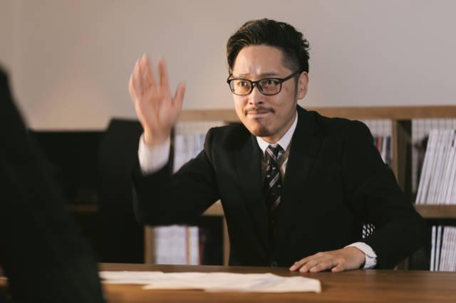 YUSEI_9V9A5379_TP_V 40代以降の転職で全く採用されない人の特徴とは?