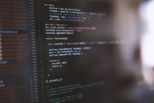 PAK86_codeing20140517_TP_V 40代が未経験でIT業界にプログラマーとして転職する方法を大公開